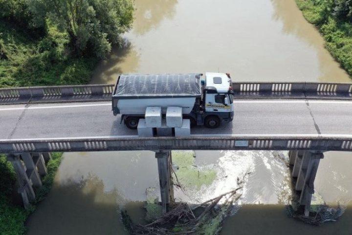 Prova di carico su ponte